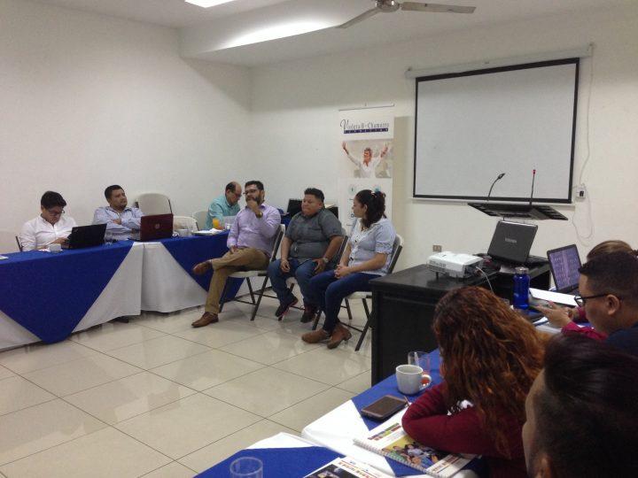 Comunidad LGBTIQ y comunicadores nicaragüenses en un cara a cara interesante